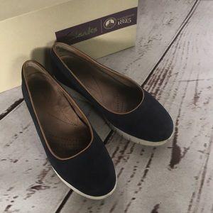 Clarks Daelyn Towne Slip On Sneakers